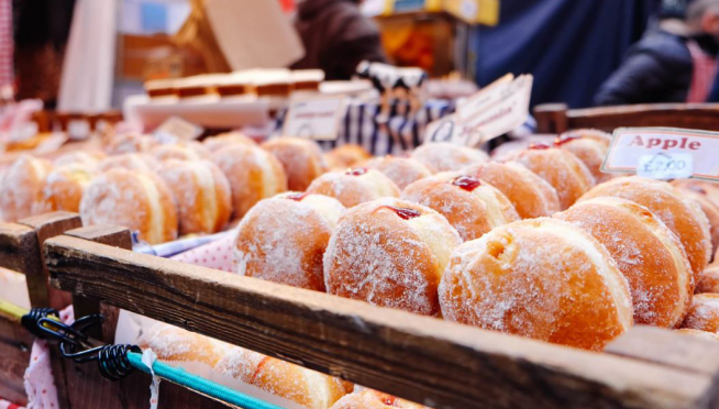 50 Places You Can Grab Paczki in Chicago For Fat Tuesday ( …and the correct way to pronounce it)