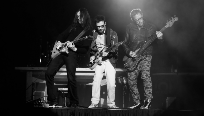 "Weezer is giving ""Buddy Holly"" the barbershop quartet treatment on tour."