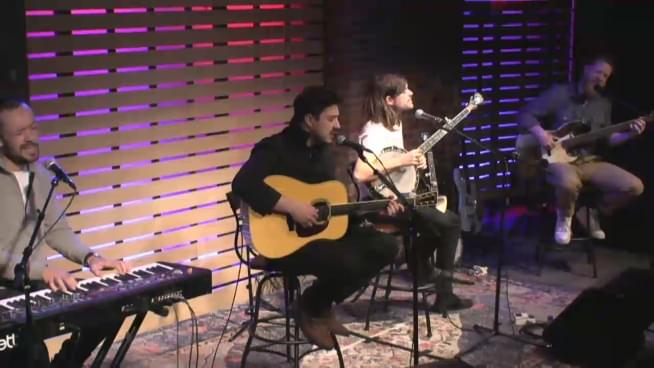 Watch Mumford And Sons perform in the Lounge