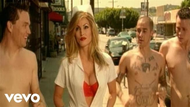 Blink-182 'Enema of the State' turns 20, Fans geek out