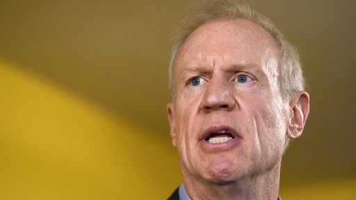 Rauner: President should blame Russians for hacking