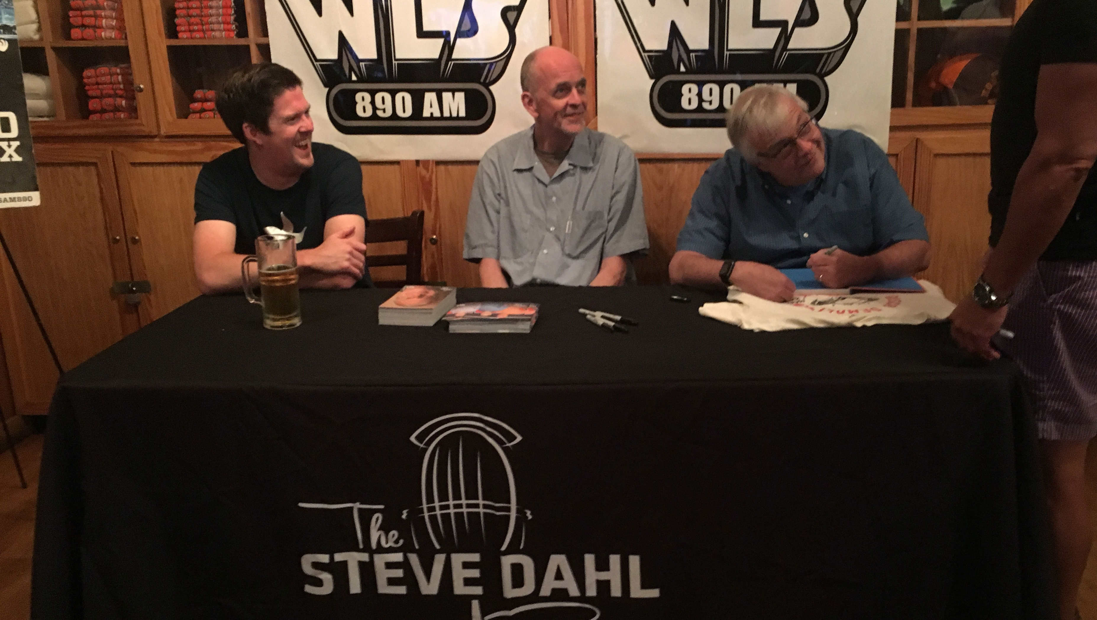 The Steve Dahl Show at Hooters – July 26, 2017