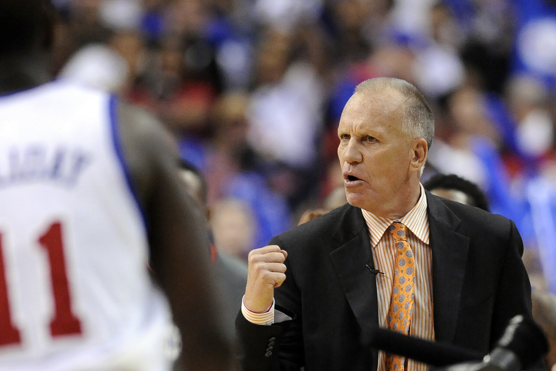 Bulls name Doug Collins to top post