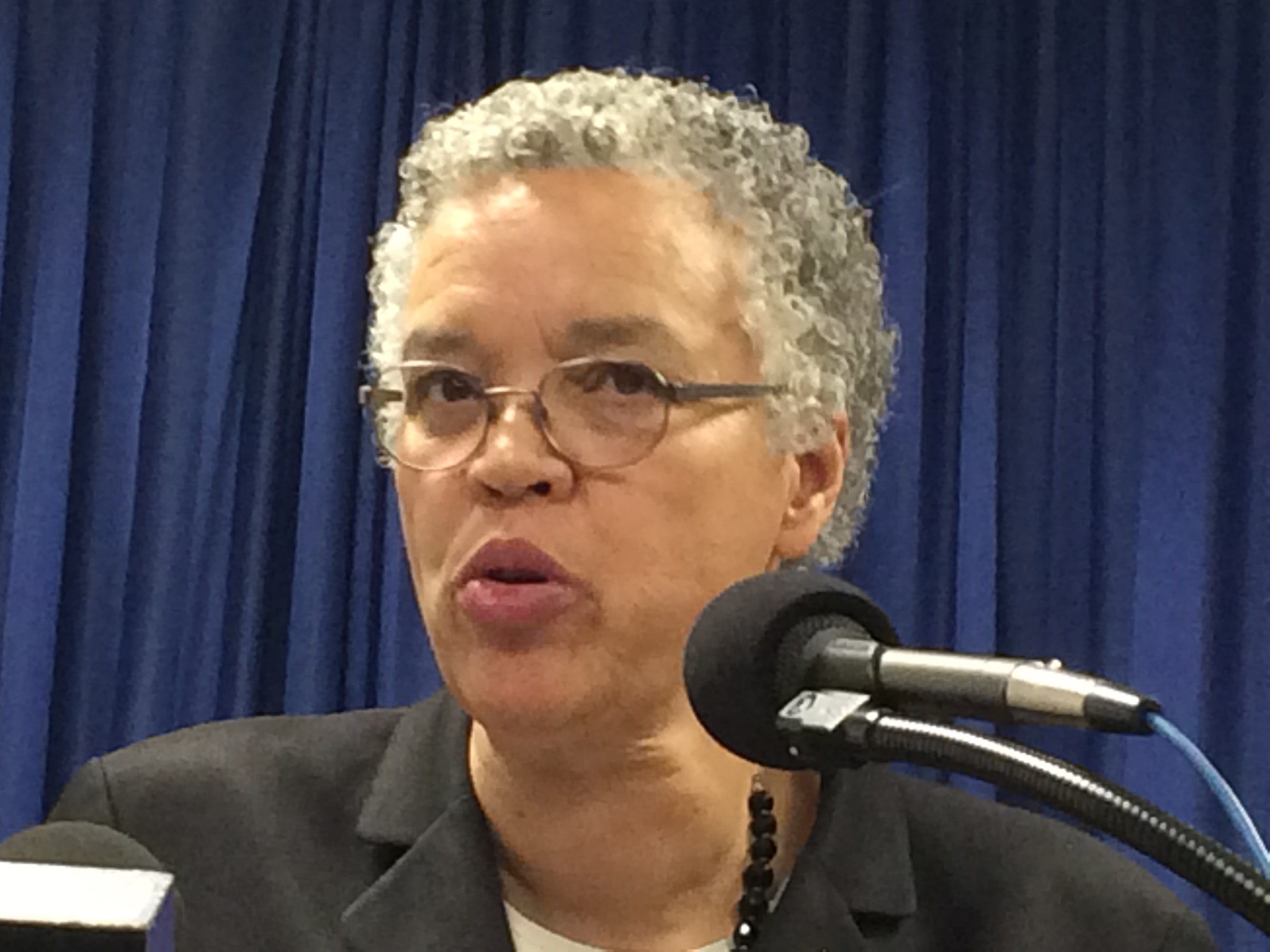 Preckwinkle dogged by how she handled firing of accused chief of staff