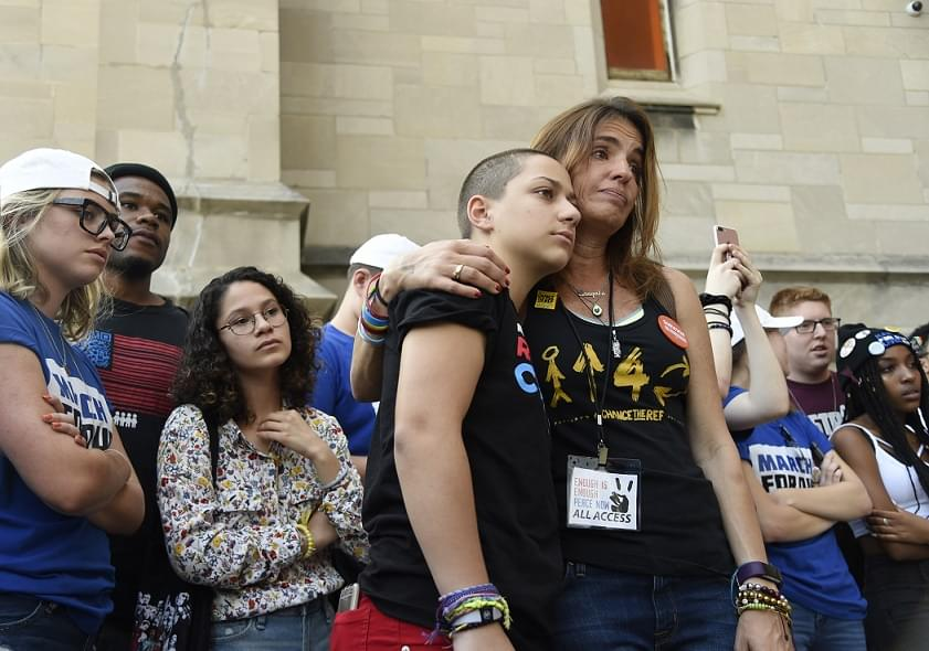 Parkland students begin nationwide tour at Chicago rally