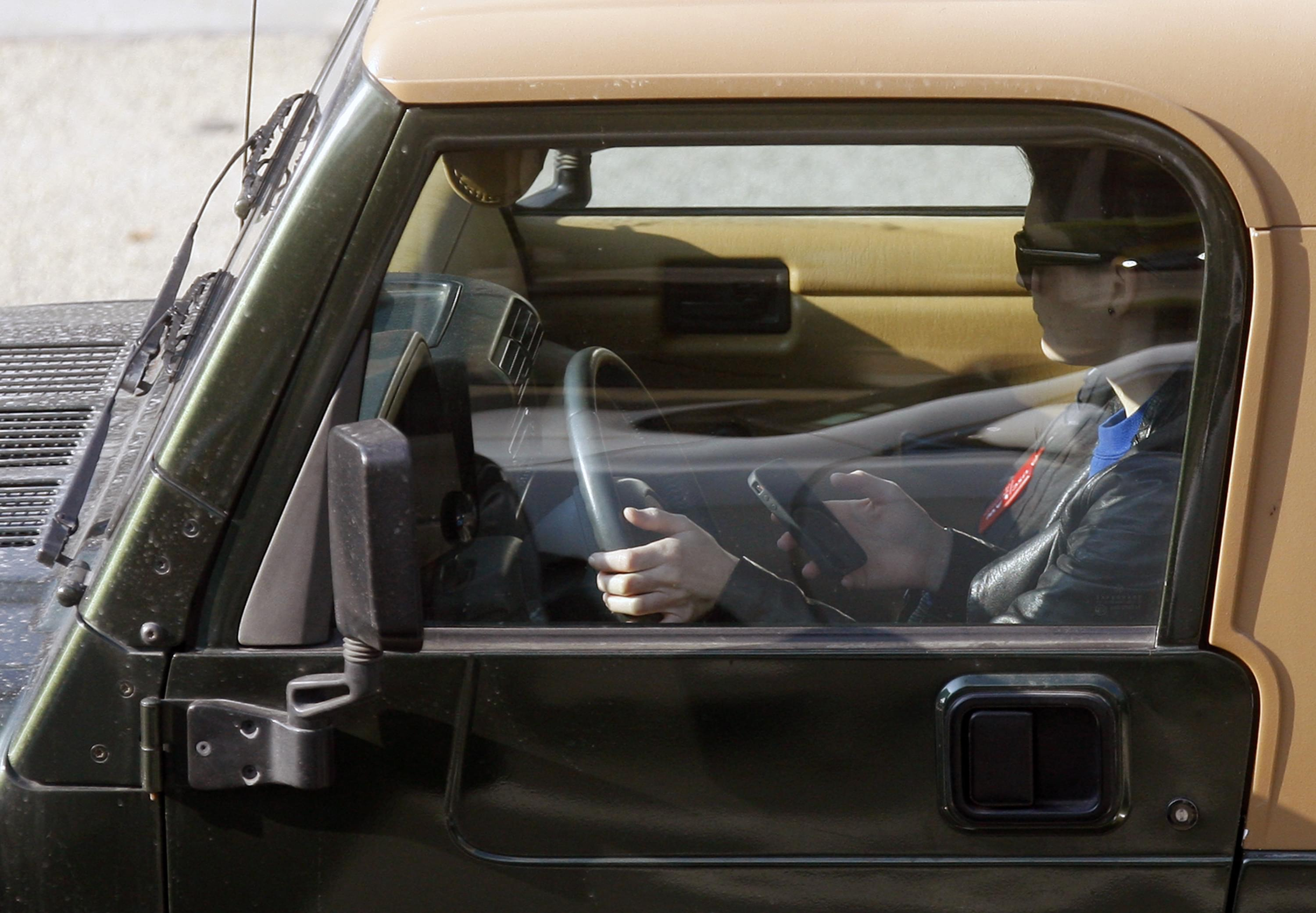 Texting and driving penalties increase