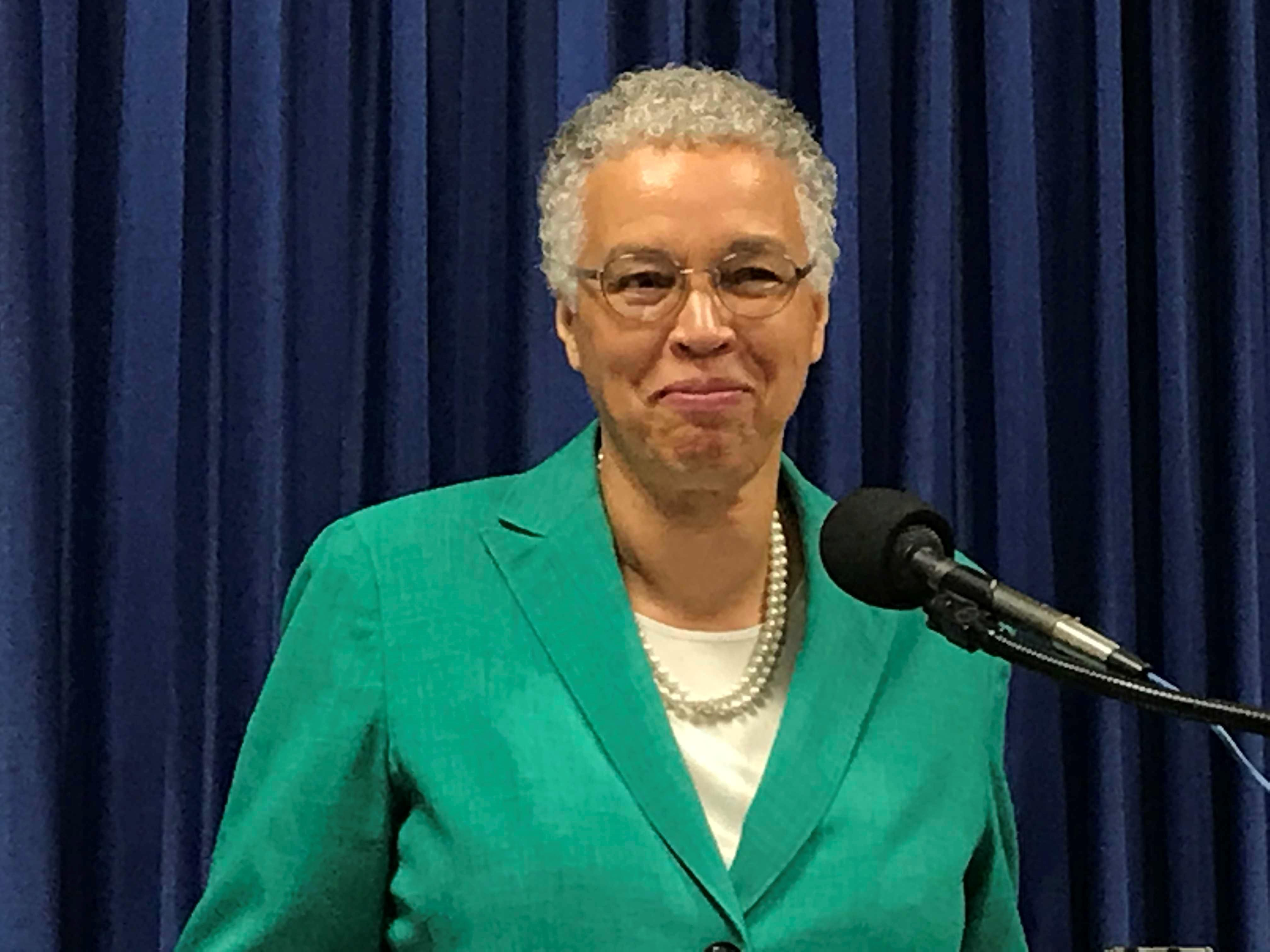 Preckwinkle receives a controversial campaign contribution