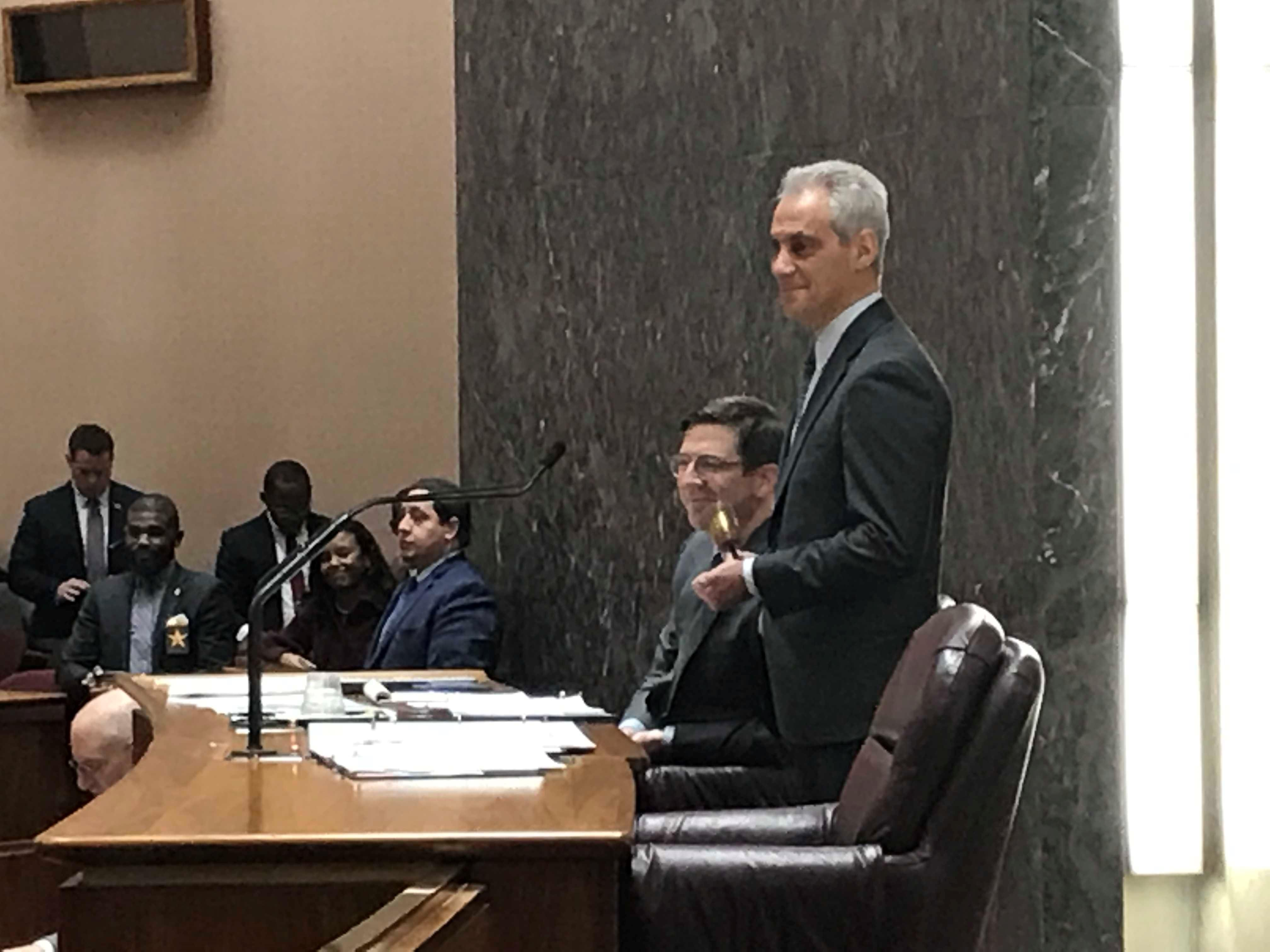 Emanuel's city budget, 'with no new taxes', approved 48-1