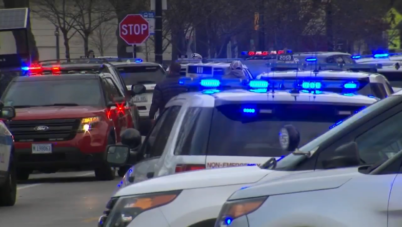 Police officer and two employees were killed in Chicago hospital shooting
