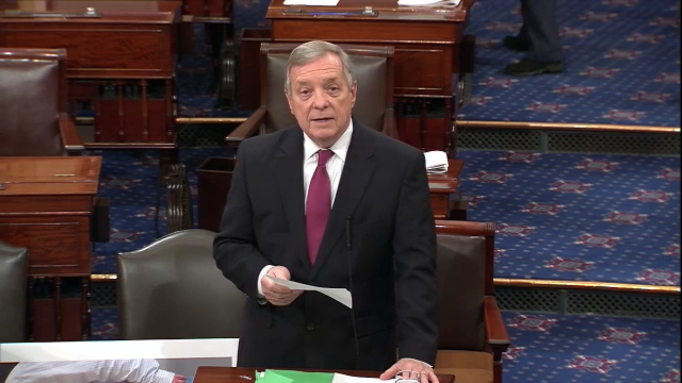 Durbin says air traffic controllers areworking six days a week