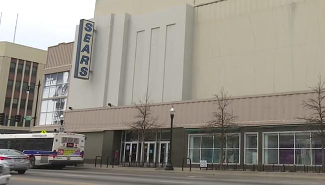 Last Chicago Sears is closing this Sunday (July 15th)