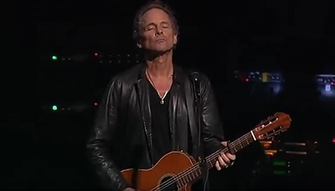 Lindsey Buckingham announces fall tour, career spanning solo comp