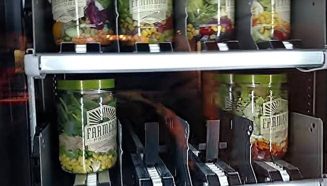 New Chicago vending machines serve salad