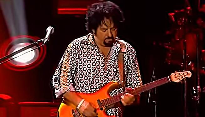 Toto's Steve Lukather publishes career-spanning memoir