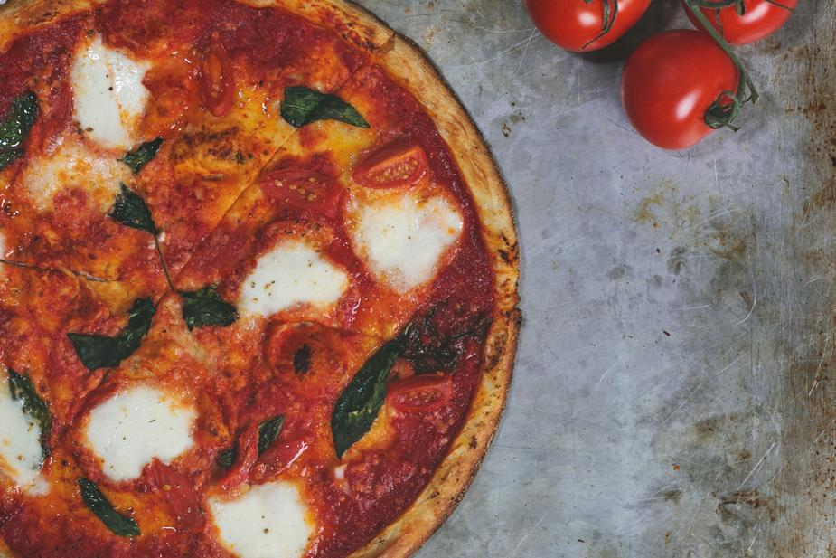 5 Pizza facts for National Pizza Day