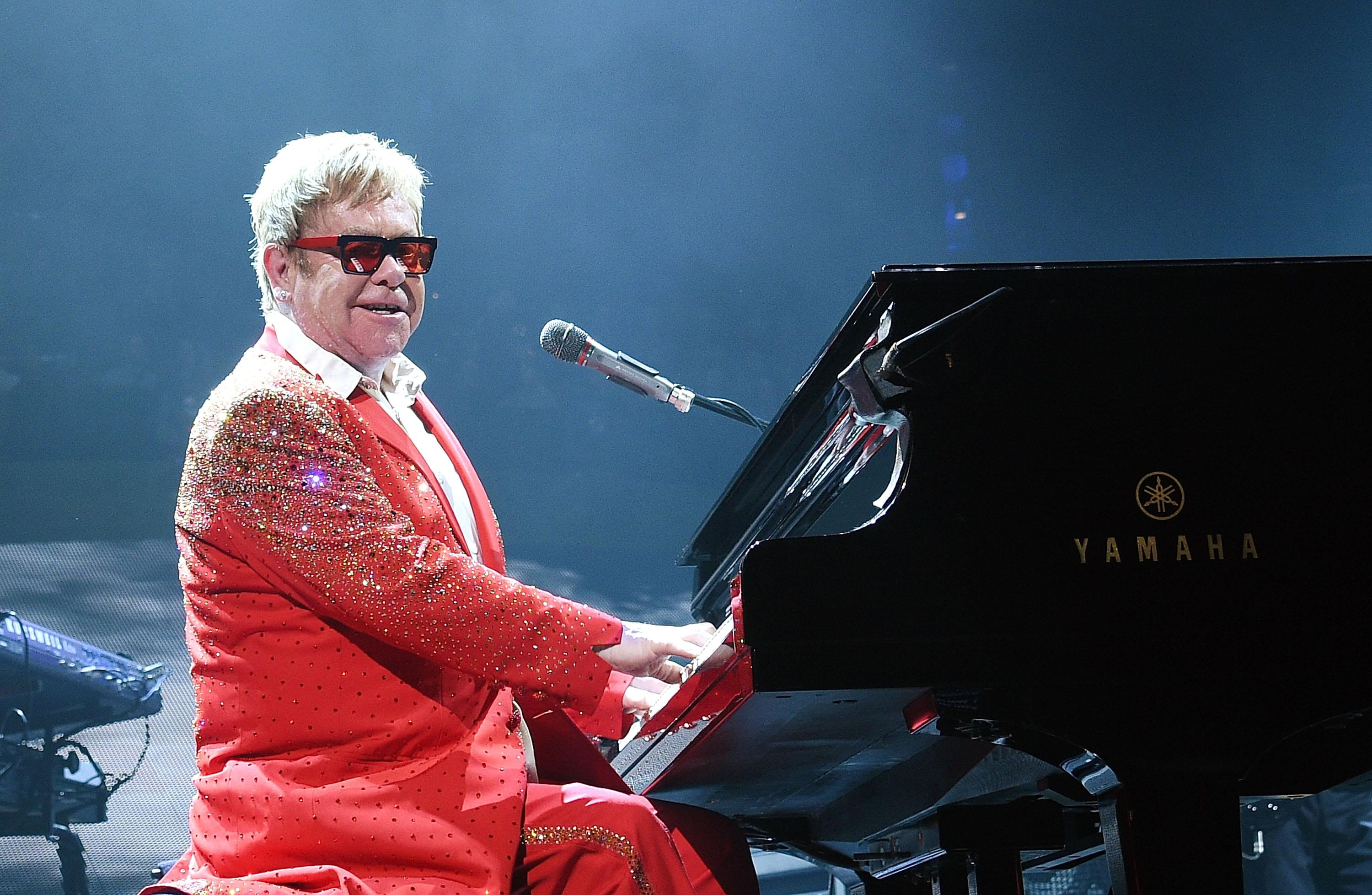 Elton John releases video for '(I'm Gonna) Love Me Again'