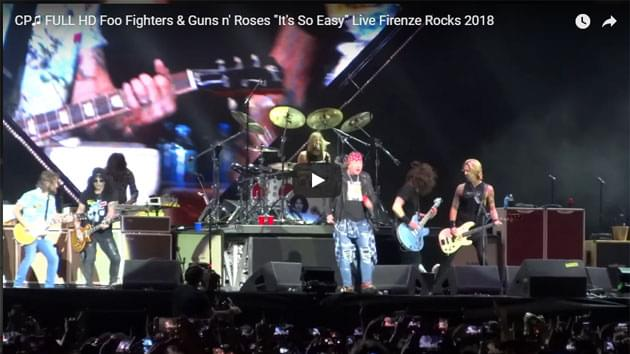 Guns N' Roses Join Foo Fighters On Stage