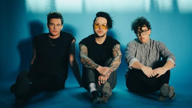 Lovelytheband Performs on American Idol