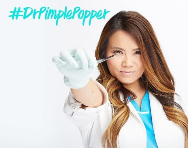 "Dr. Pimple Popper Has A New TLC Show for ""Popaholics"""