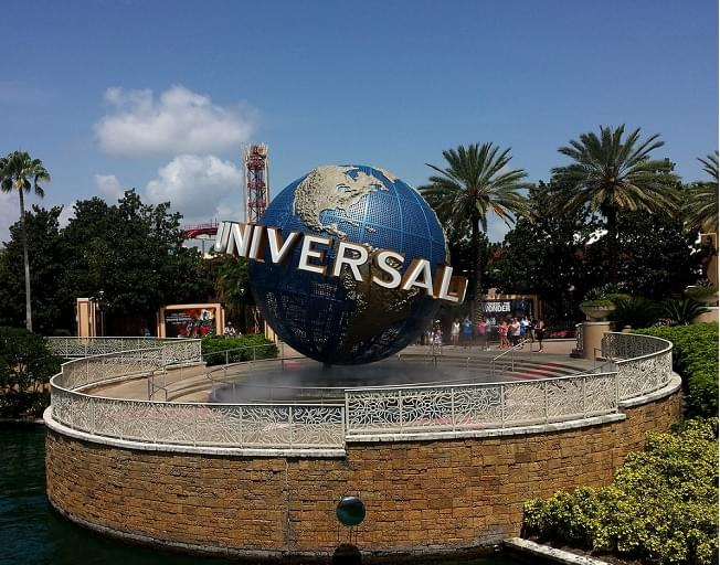 Too Cold In Illinois? Move To Florida To Work At Universal Orlando