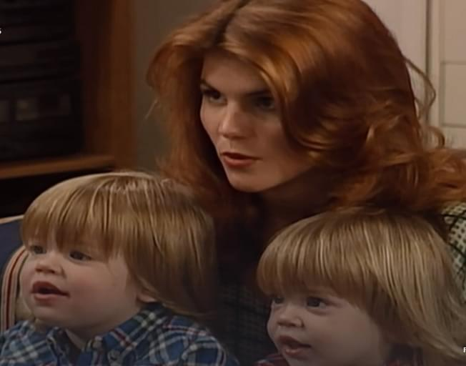 Lori Loughlin Could Have Learned BIG Life Lesson From Aunt Becky On Full House [VIDEO]