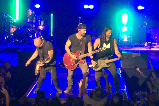 Kip Moore at State Farm Center [PHOTOS]