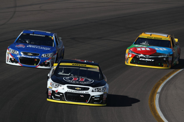 who will win the nascar duel in the desert at phoenix b104 wbwn fm