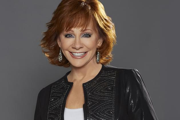 reba is ready for a family reunion at acm awards as host b104