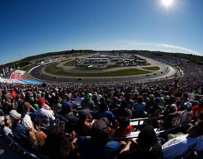"""NASCAR Heading to the """"Magic Mile"""" of New Hampshire Motor Speedway"""