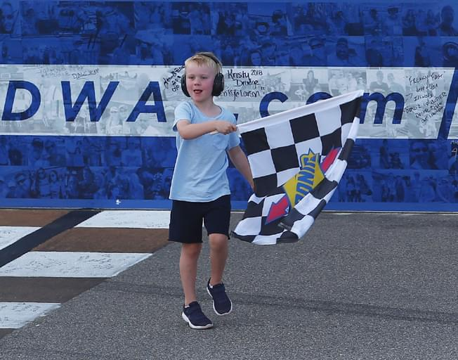 Kevin Harvick Shares NASCAR Michigan Win with Son [VIDEO]