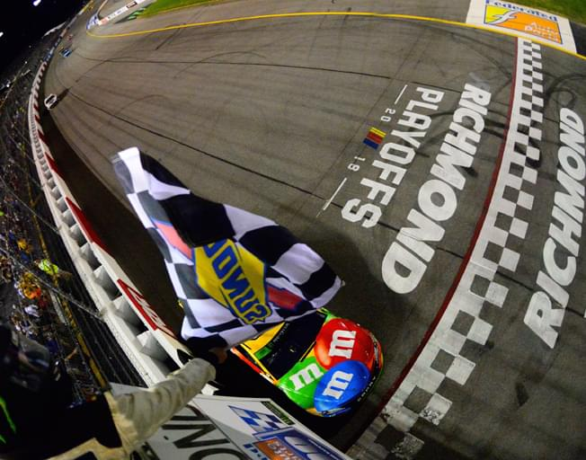 Kyle Busch Sweeps Richmond to Advance in NASCAR Playoffs [VIDEO]