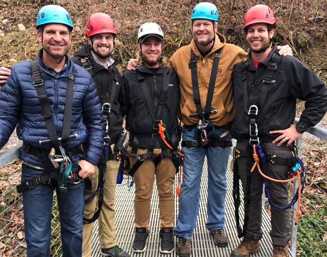 Are Blake Shelton and Clint Bowyer starting New Careers as Linemen? [Photos]