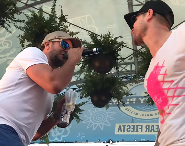 "Luke Bryan and Dustin Lynch Share ""Tequila"" in Mexico [VIDEOS]"