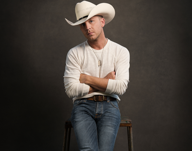 WATCH: Justin Moore Honors Heroes and Victims in New Music Video