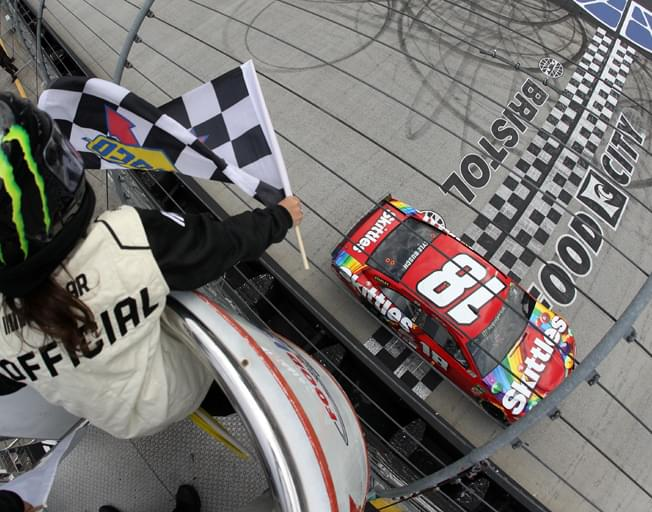 Kyle Busch from Spin to NASCAR Win at Bristol [VIDEO]