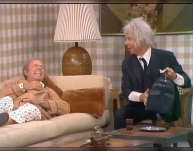 Harvey Korman (L) and Tim Conway (R) (Photo credit; YouTube)