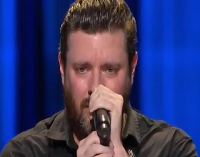 Chris Young Breaks Down In Tears Performing New Song [VIDEO]