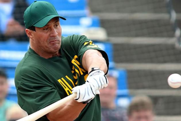 CornBelters sign Canseco to 3-day contract