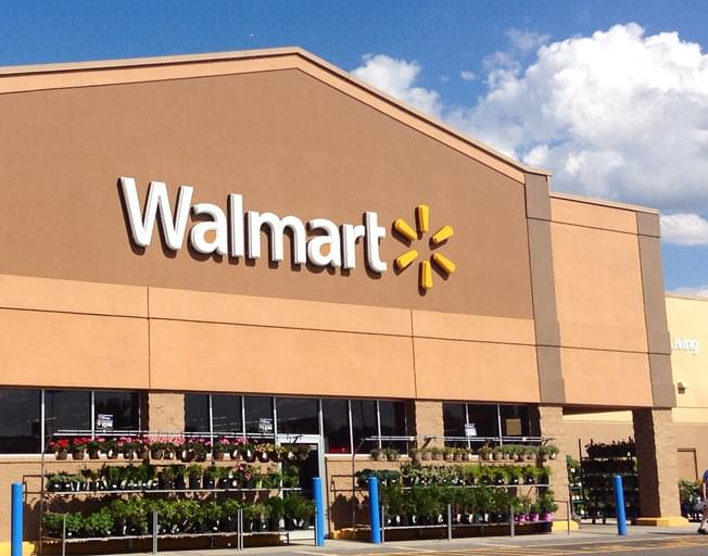 Clinton Walmart to close in July