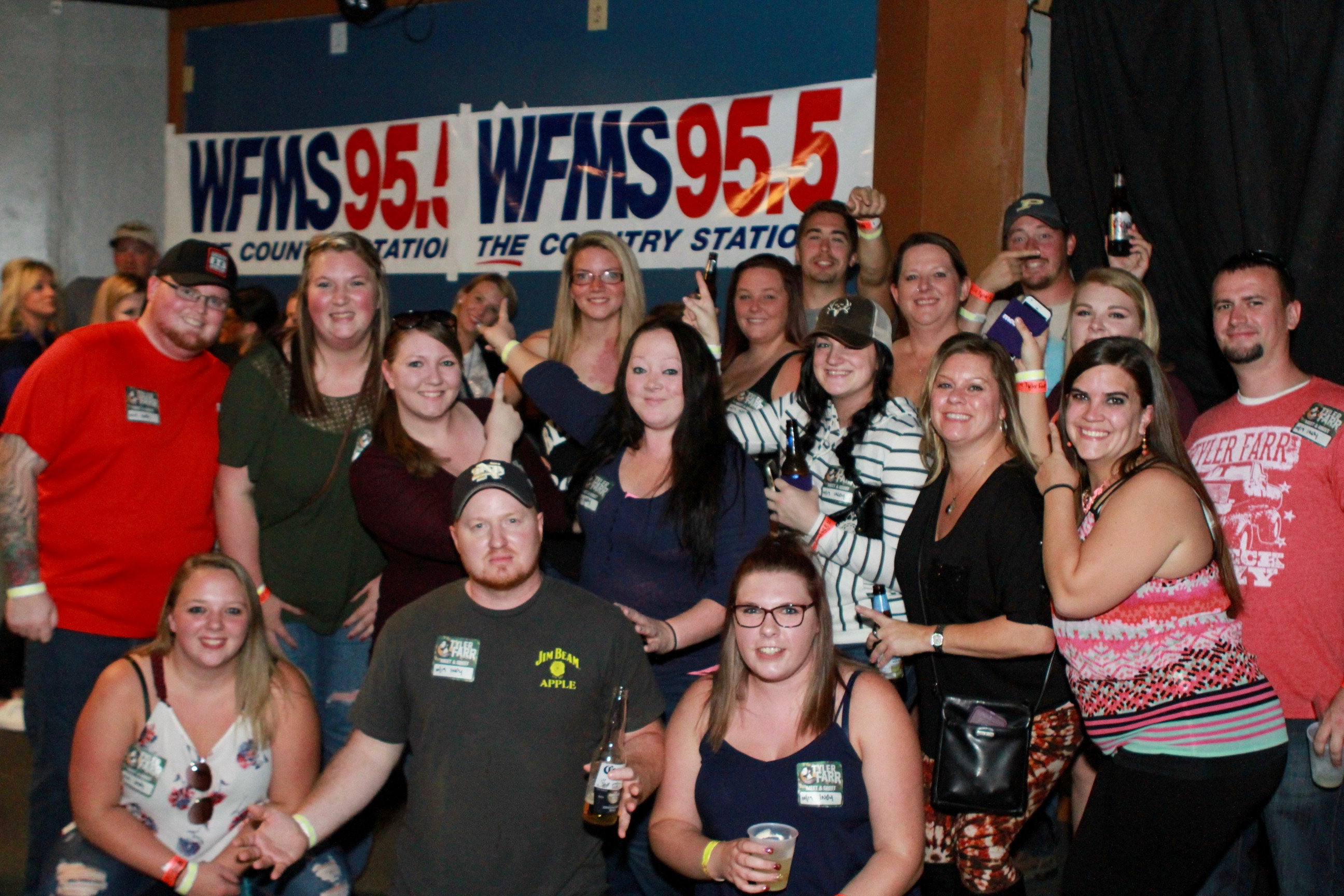 Tyler Farr Meet & Greet Photos