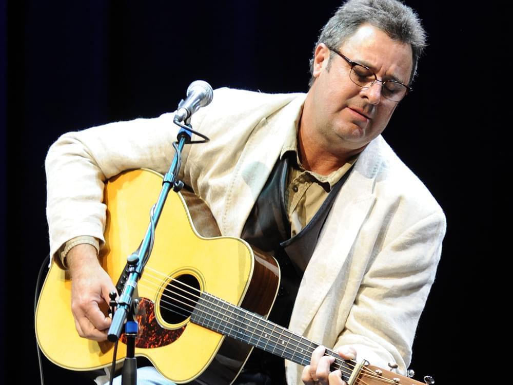 Vince Gill talks about the CMA with JDK while wife Amy is in the shower!