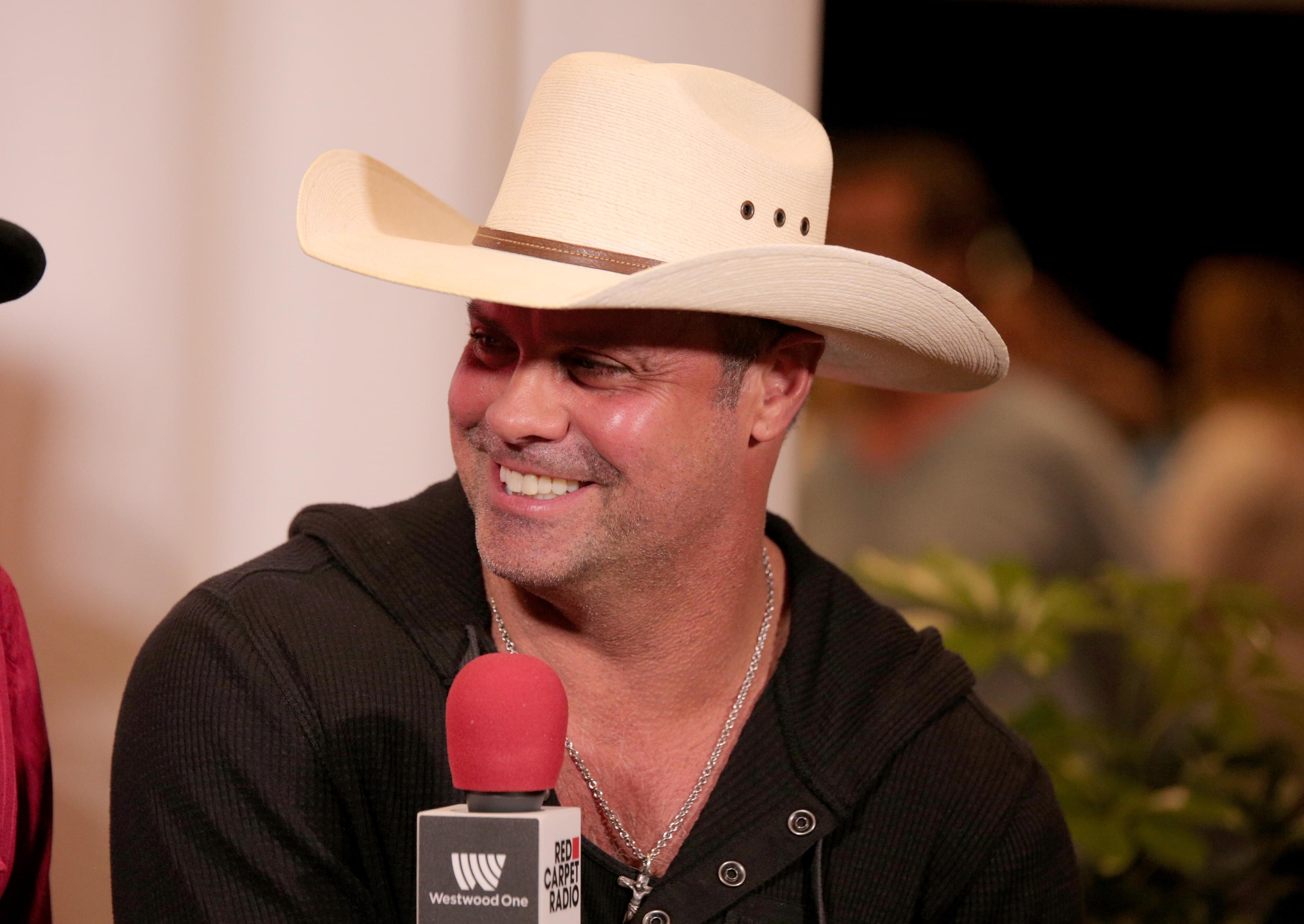 Troy Gentry's Wife Wants To Meet The Person Who Received This Organ From Him