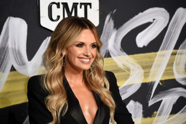 Carly Pearce Legends Day