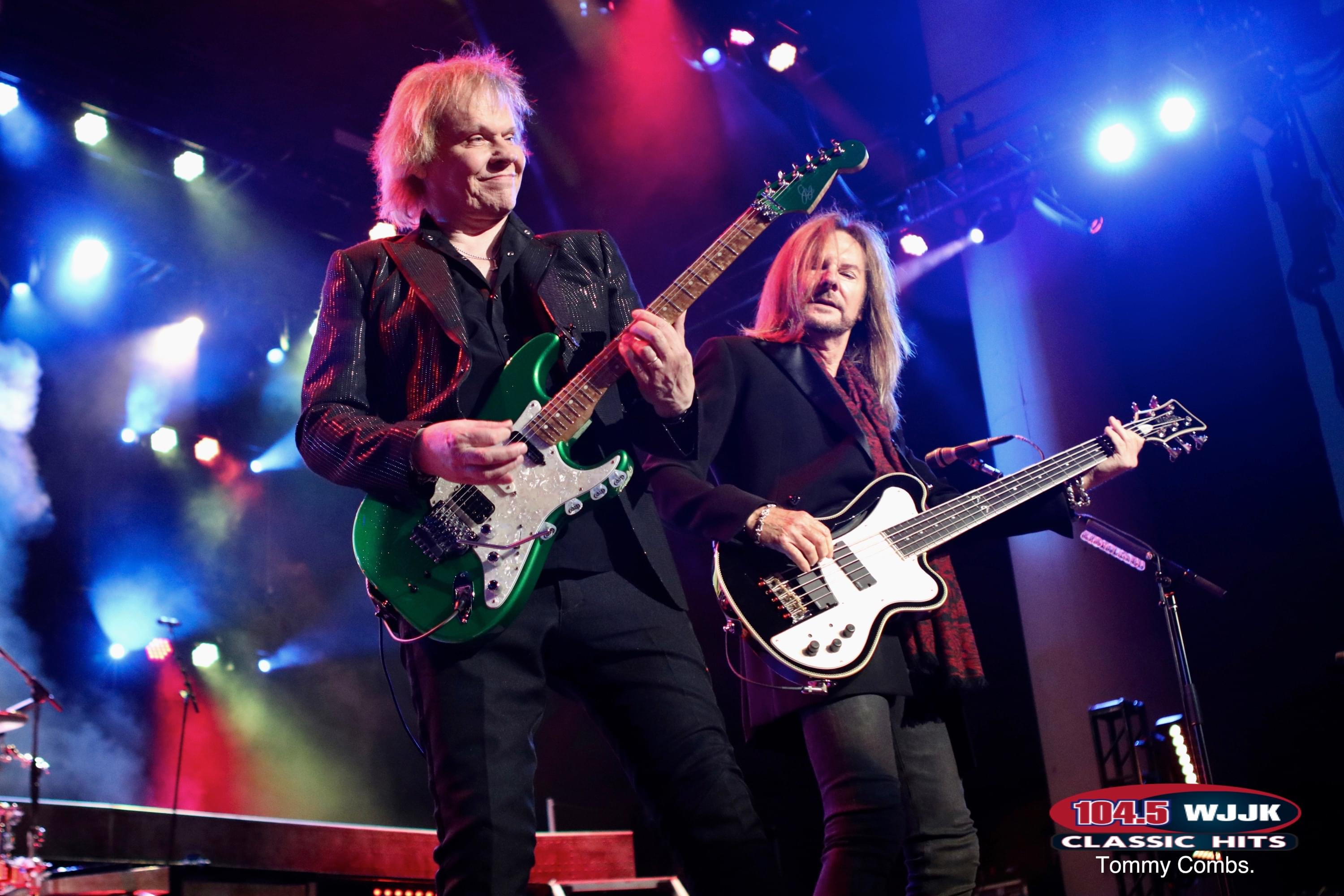 Check Out Great Photos Of Styx & Tesla From Last Night's Concert!