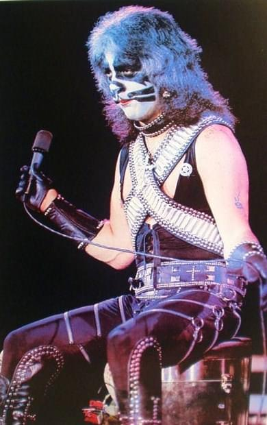Kiss_-_Peter_Criss_19771