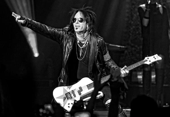 Nikki Sixx Seemingly Calls Out KISS For Using Backing Vocals