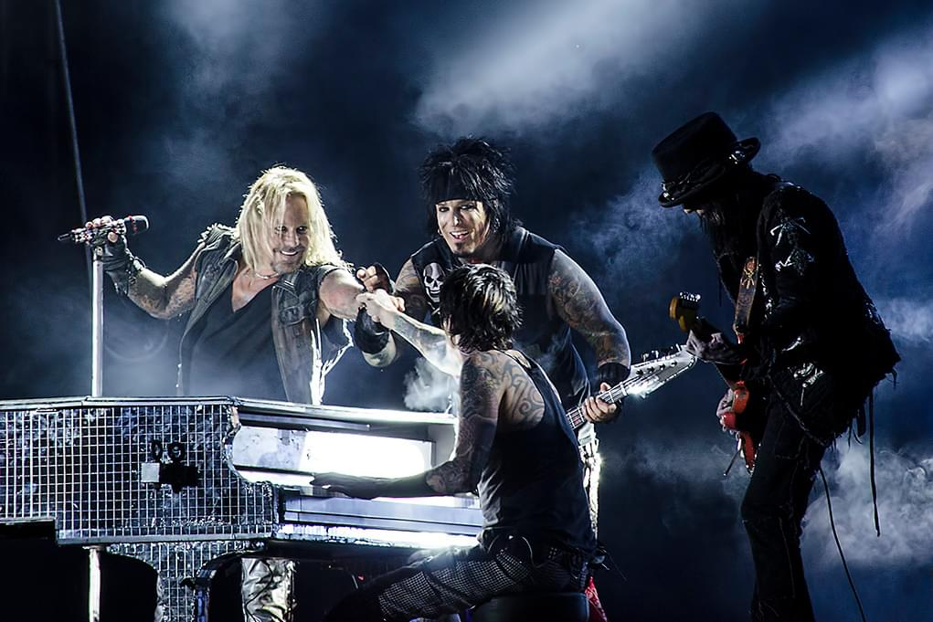 "Motley Crue Release Trailer For ""The Dirt"""