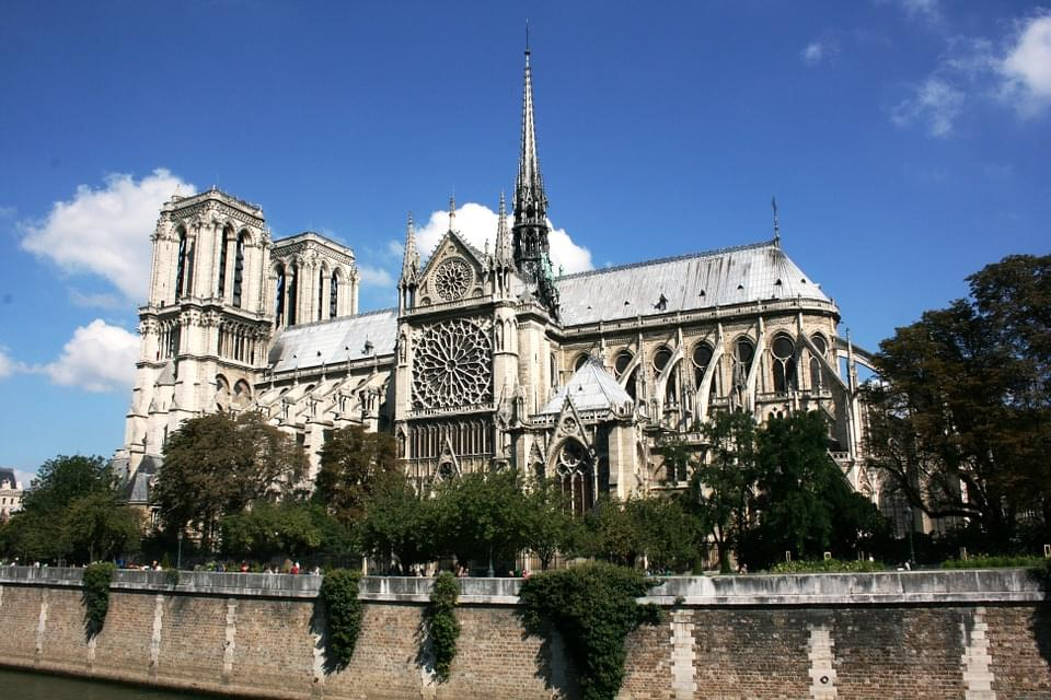 Meet The Firefighting Robot That Helped Save The Notre Dame Cathedral!