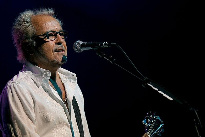 Greg Browning Catches Up With Foreigner's Mick Jones Before Carb Day Show