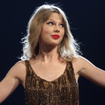 Taylor Swift Experienced Stage Malfunction During Philadelphia Concert